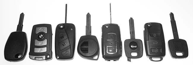 bilnøgler med fjernbetjening og startspaerre
